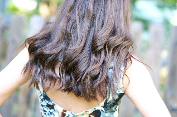 Making Waves (How I Curl My Hair With a Straightener)