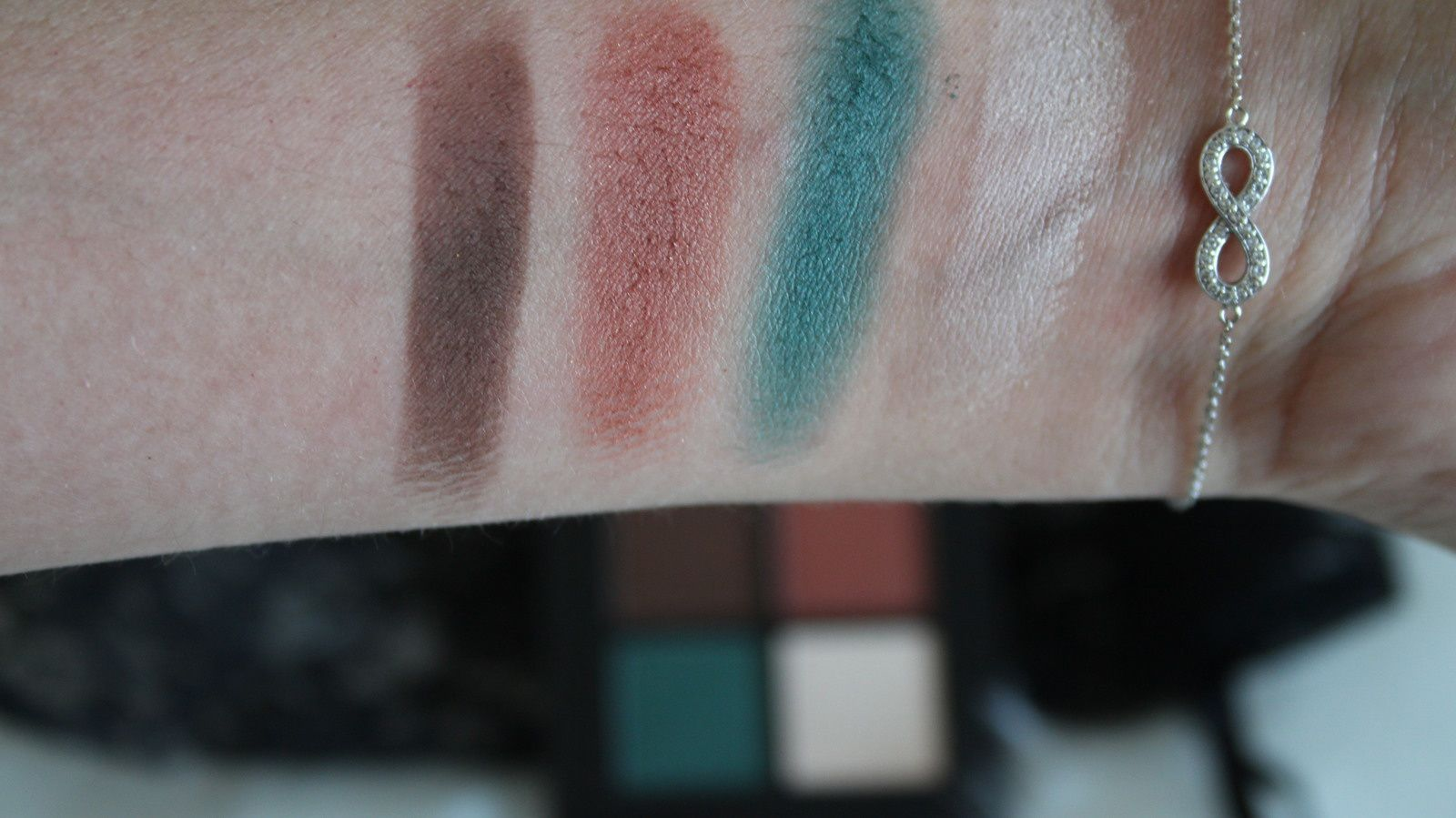 NYX Full Throttle Shadow HOT or NOT?