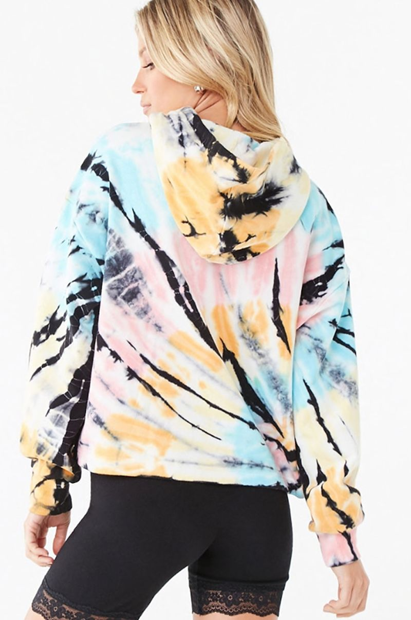 CURRENTLY CRAVING COLORFUL HOODIES