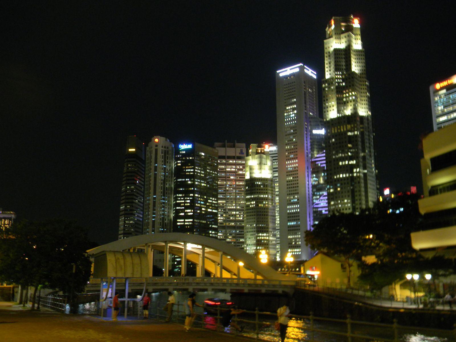Le CBD et le quartier chinois, la nuit.