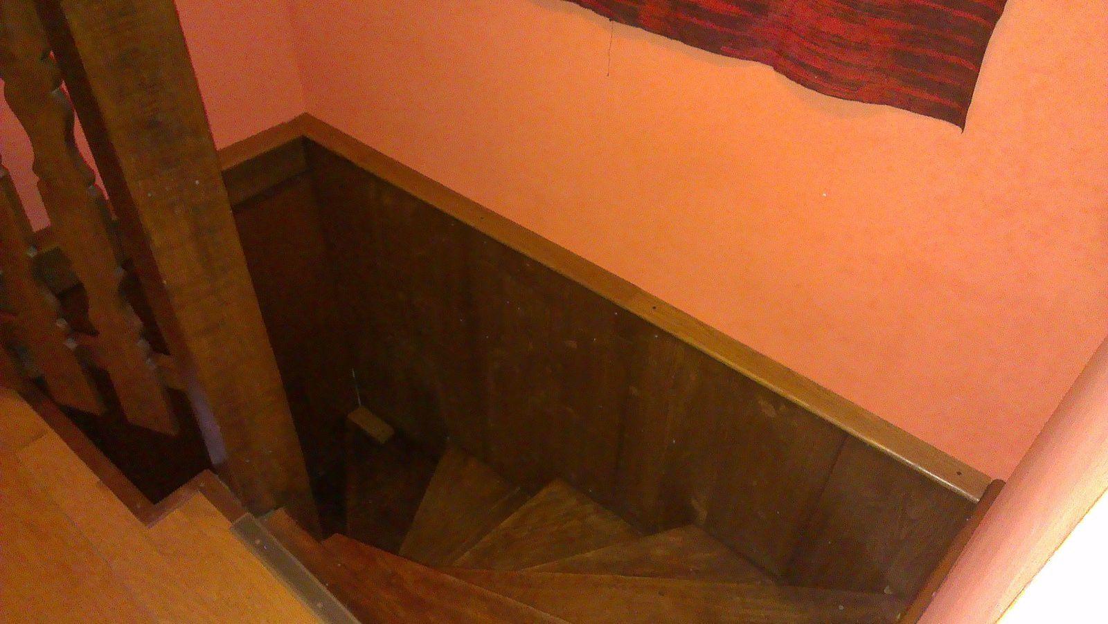 Restaurer l'habillage de la cage d'escalier