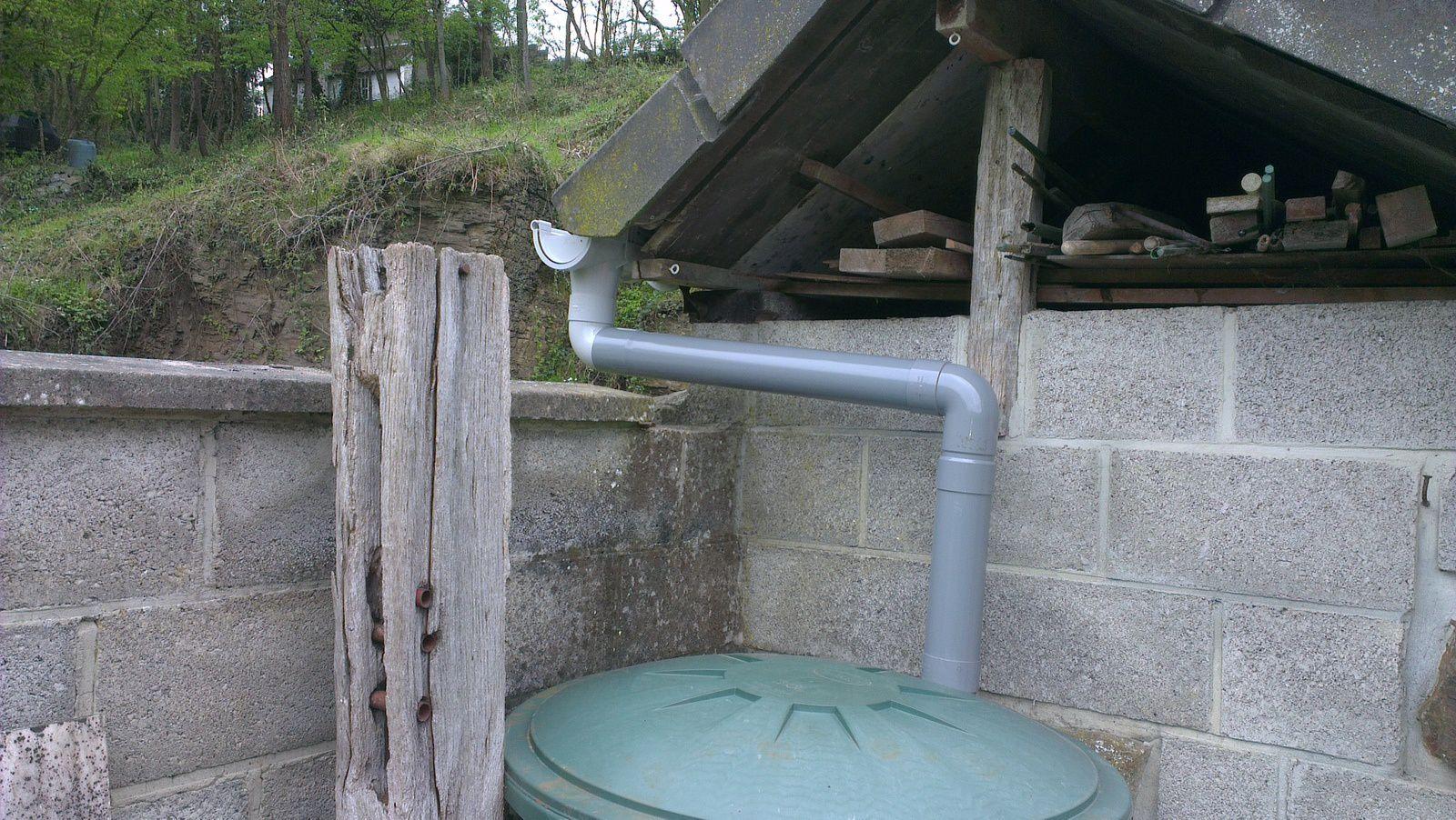refaire la descente du collecteur d'eau de pluie