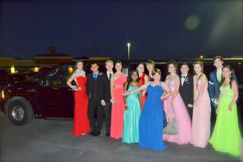 And of course you're not going to prom without a limo (totally american!!!) The limo picked us up after dinner and drove us to prom and after prom the driver could driver anywhere we wanted until 1am! It was so much fun :D