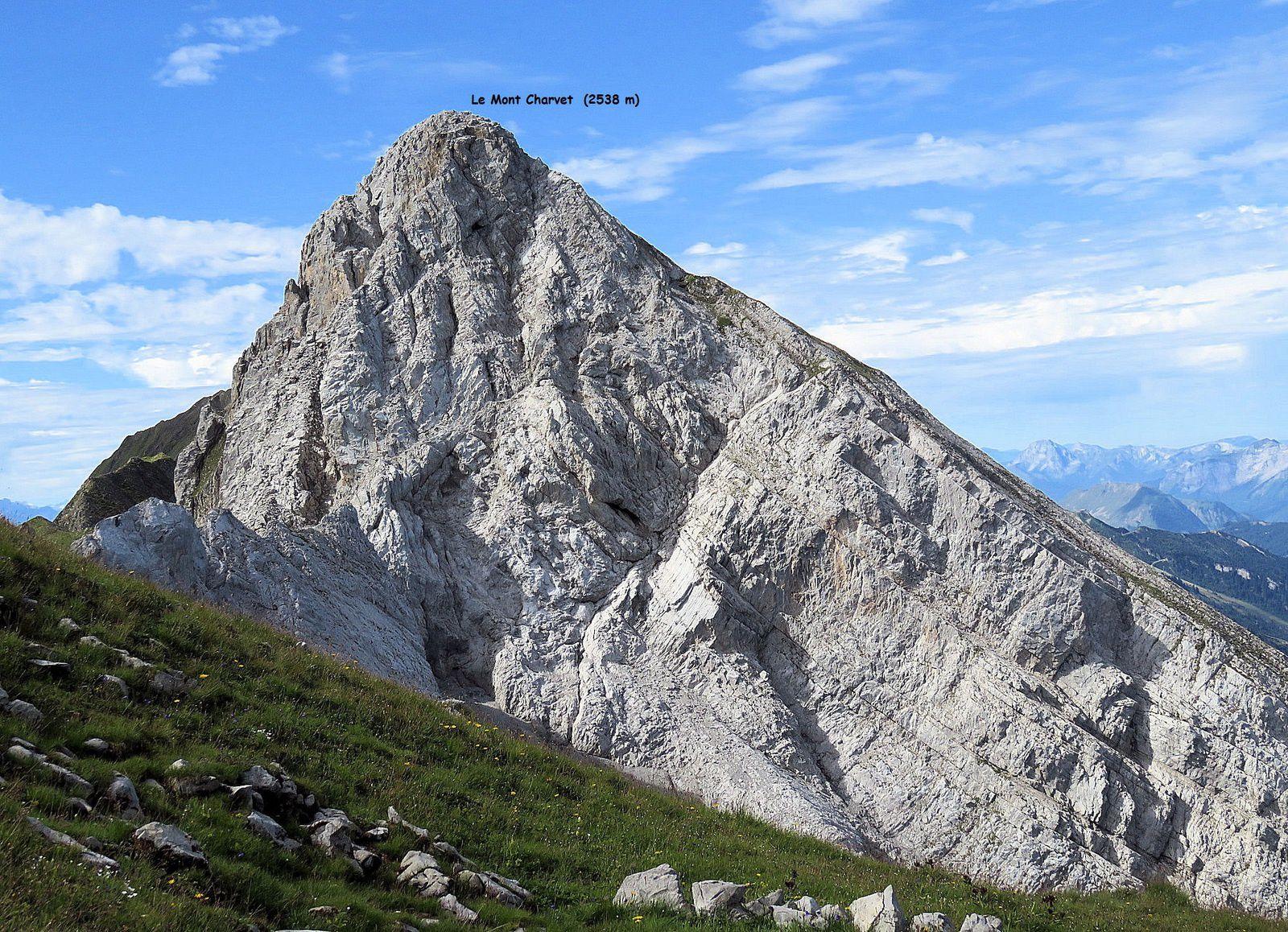 Le Mont Charvet (J'aime mais Jean-Paul préfère Bella Cha...)