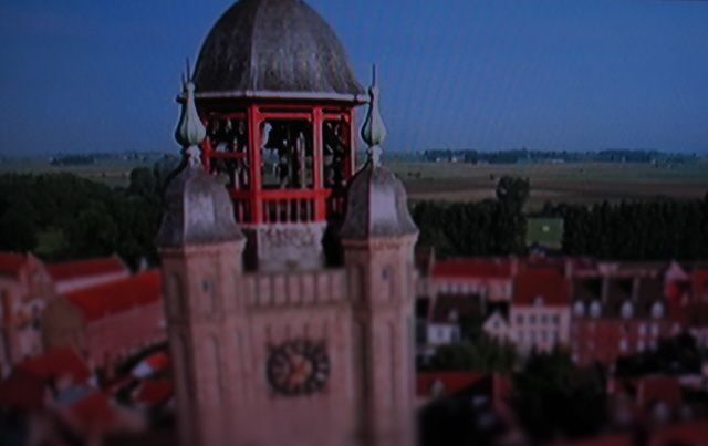Dans le beffroi de Bergues, un très beau carillon