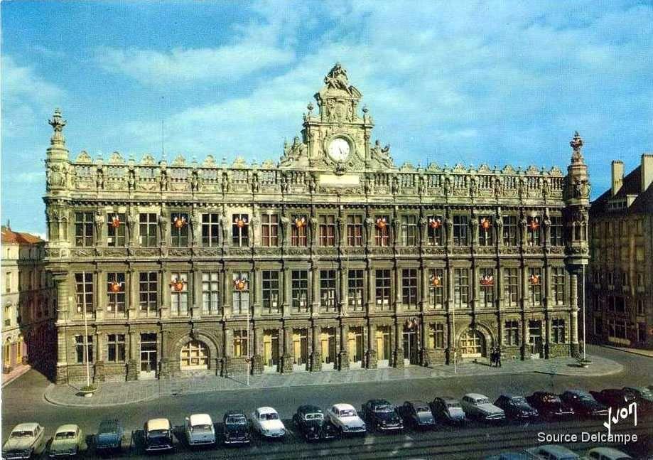 La grande place de Valenciennes