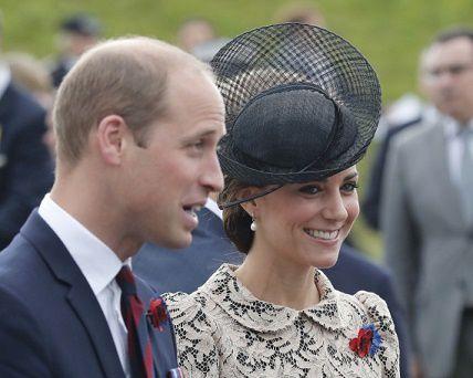 Charles, Camilla , Harry, François Hollande, étaient également présents à la cérémonie commémorative.