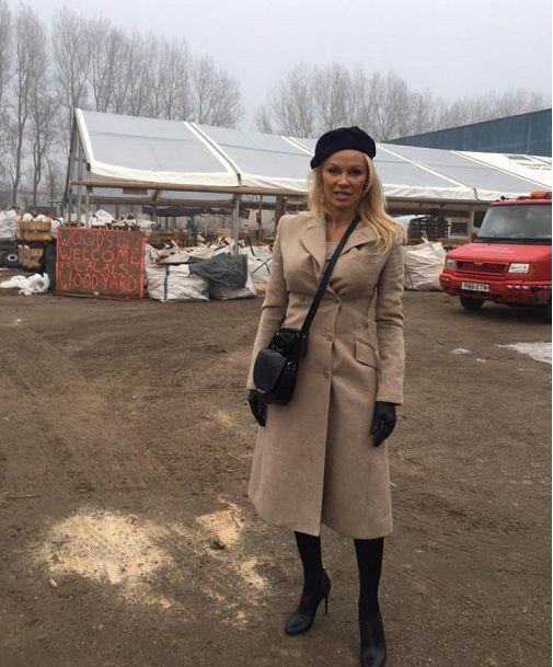 L'actrice américaine sur le camp de Grande-Synthe, près de Calais
