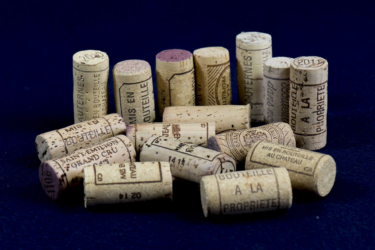 Différents types de bouchons en liège./Different types of wine corks. Photo Jérôme Tainguy © 2014