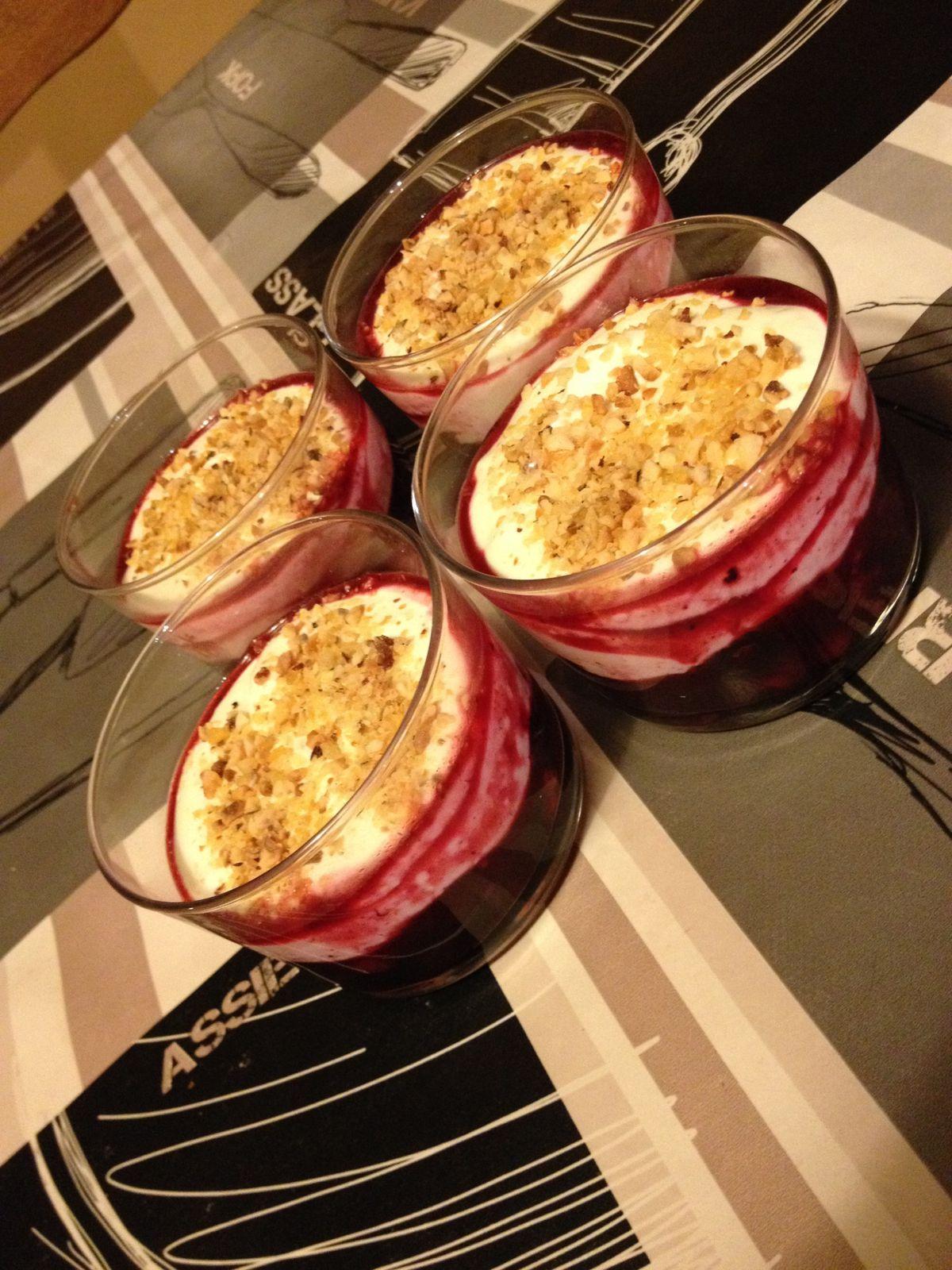 Verrine lactée aux fruits rouges
