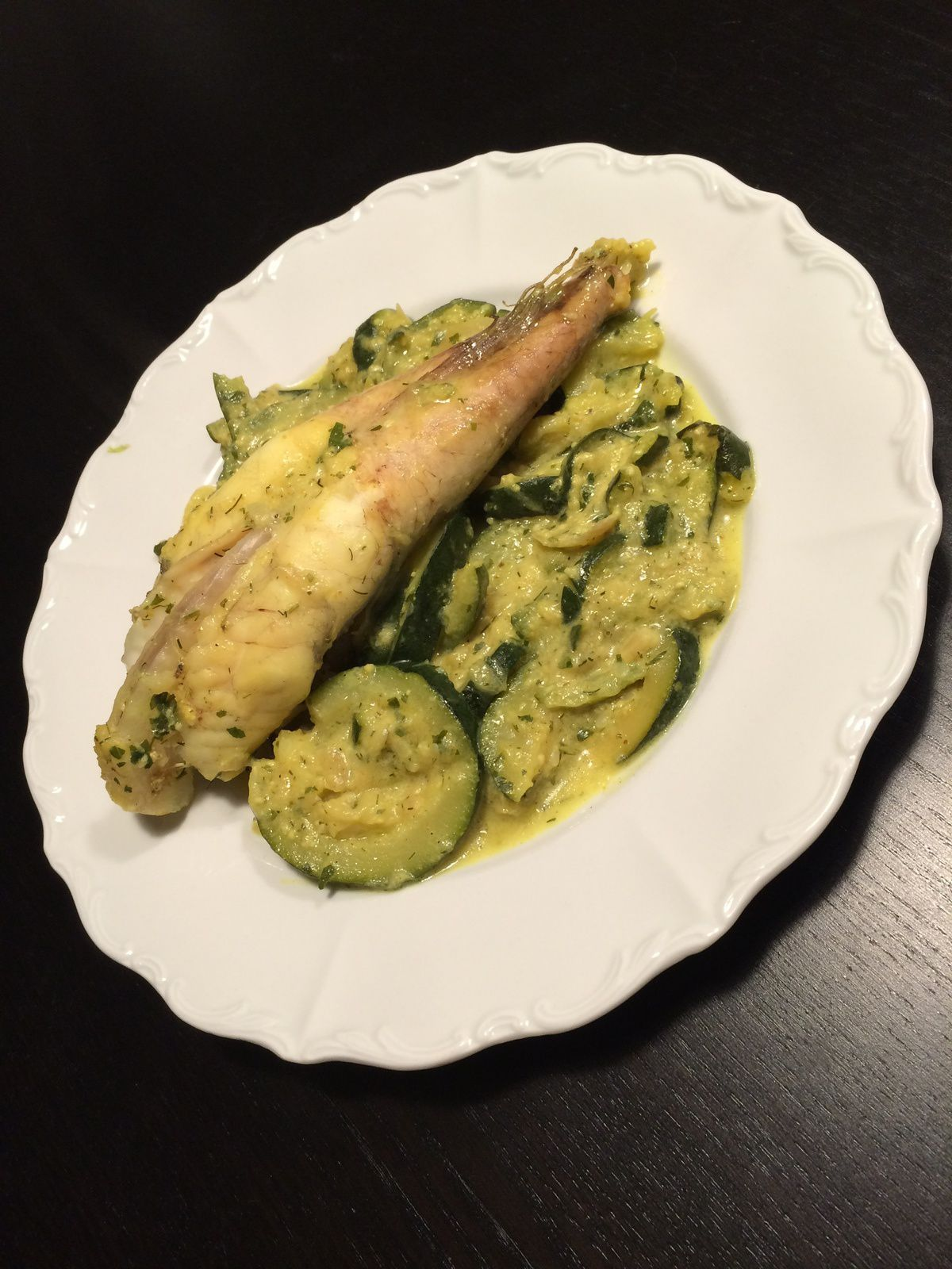 Curry de lotte aux courgettes