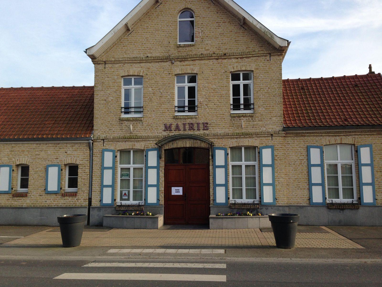 La mairie de Socx dans laquelle j'ai tenu, vendredi 13 mars à 17h00, ma dernière permanence comme conseiller général du Canton de Bergues.
