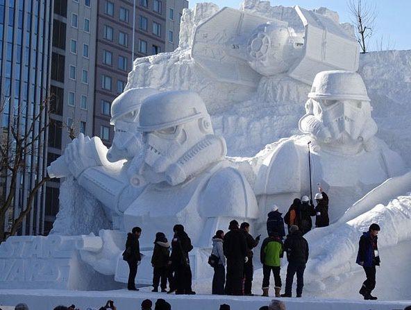 [Japon] Statue Géante de Star Wars Statue à Sapporo