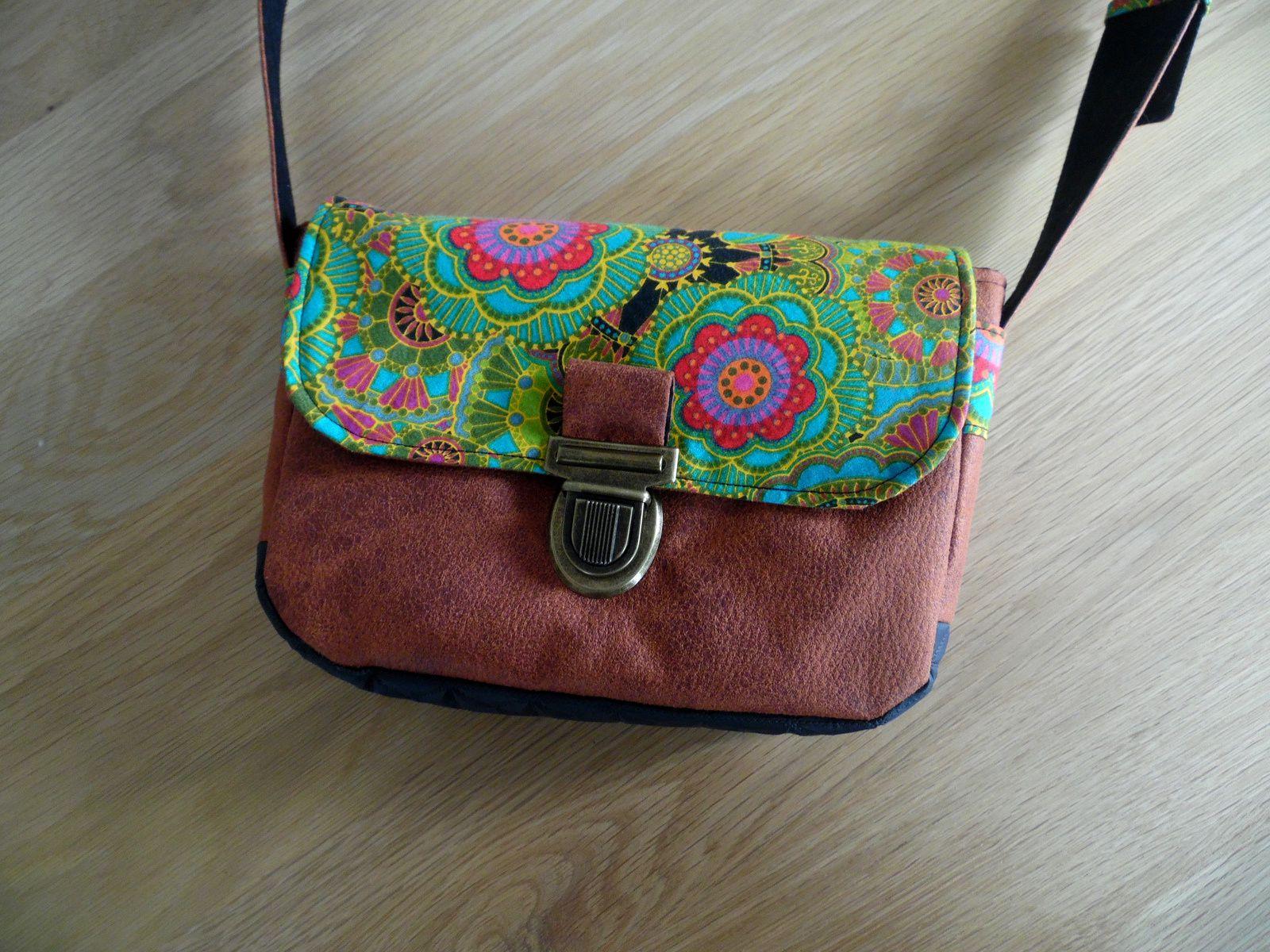 Nouveau modèle de sac à main : Mindy