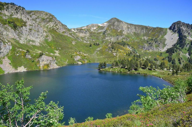: Pic du Tarbésou, dent d'Orlu, tour des lacs.