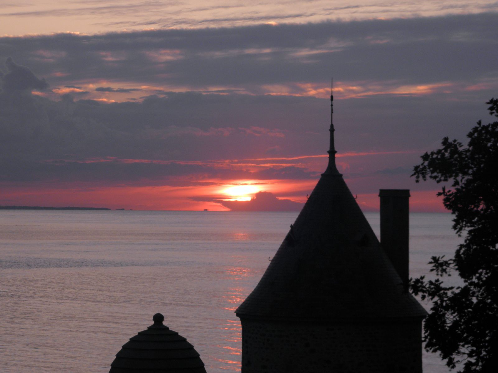 Profitez des beaux jours pour venir sur la baie du Mont-Saint-Michel !
