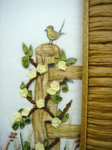 Broderie et peinture sur soie.