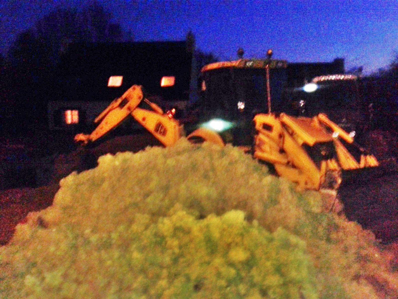 Les photos sont prises de nuit , impossible d'aller sur le chantier avant la tombée de la nuit