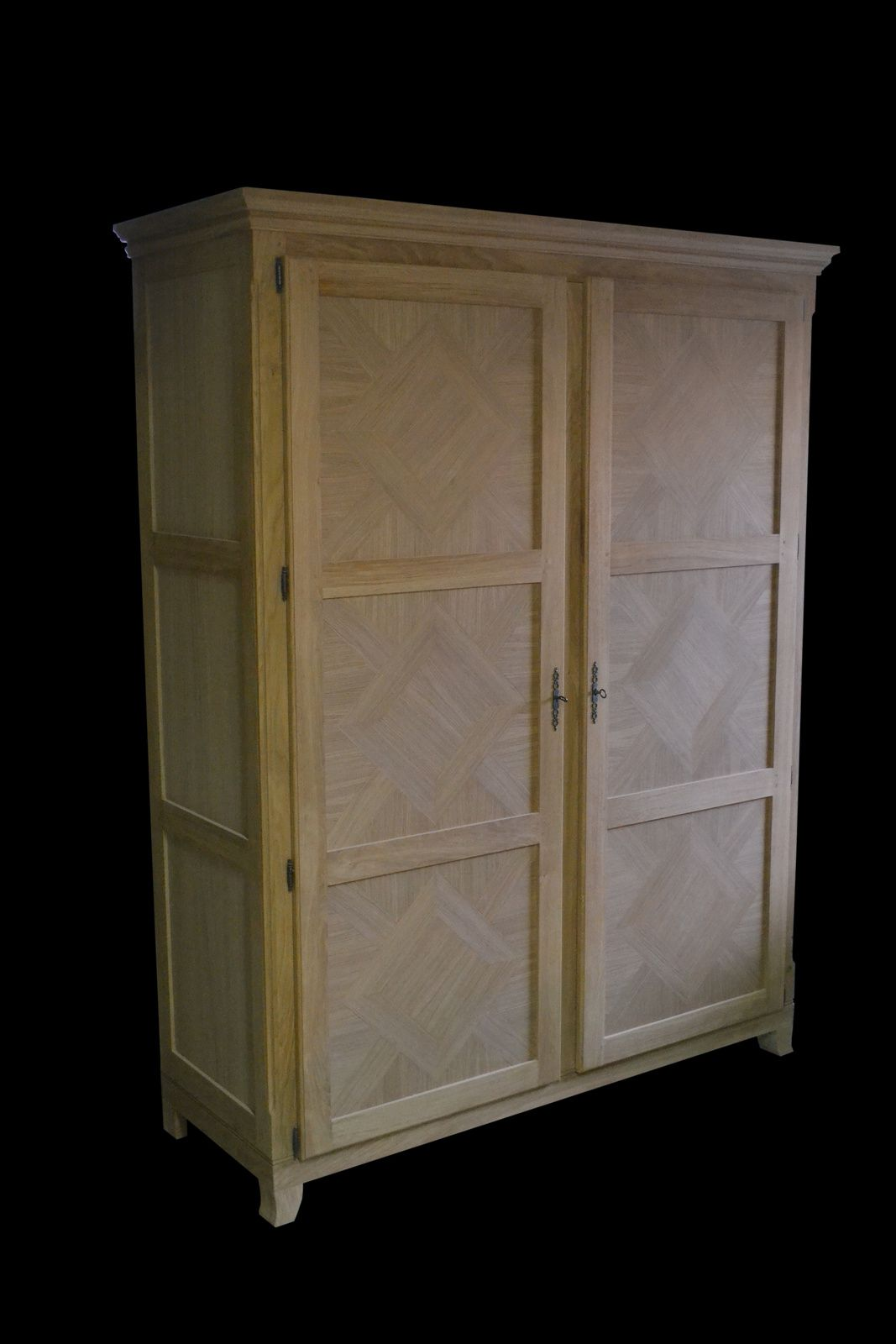 armoire penderie ch ne et marqueterie de ch ne armarbois mobilier bois sur mesure. Black Bedroom Furniture Sets. Home Design Ideas