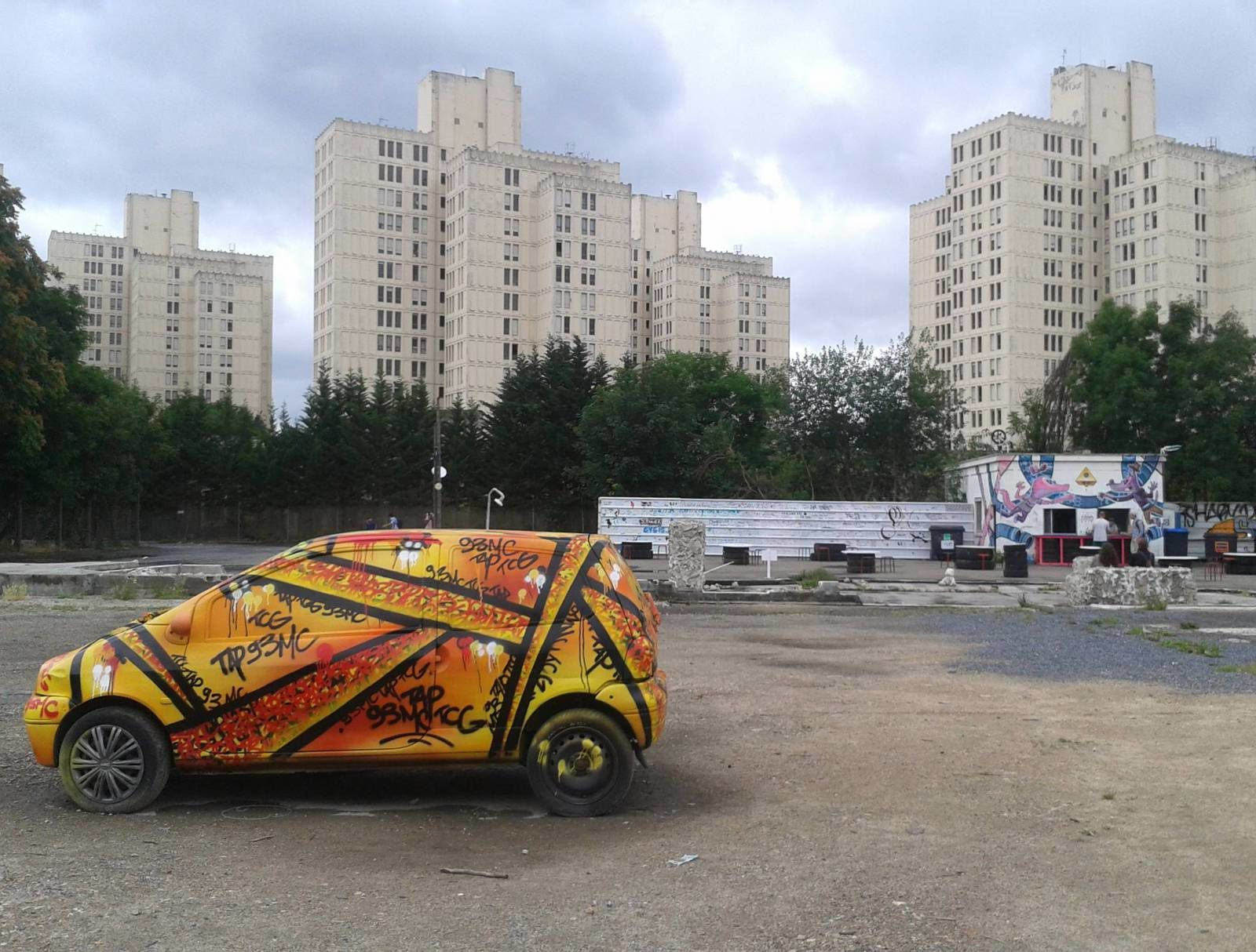 in situ art festival street art au fort d 39 aubervilliers soulchronic. Black Bedroom Furniture Sets. Home Design Ideas