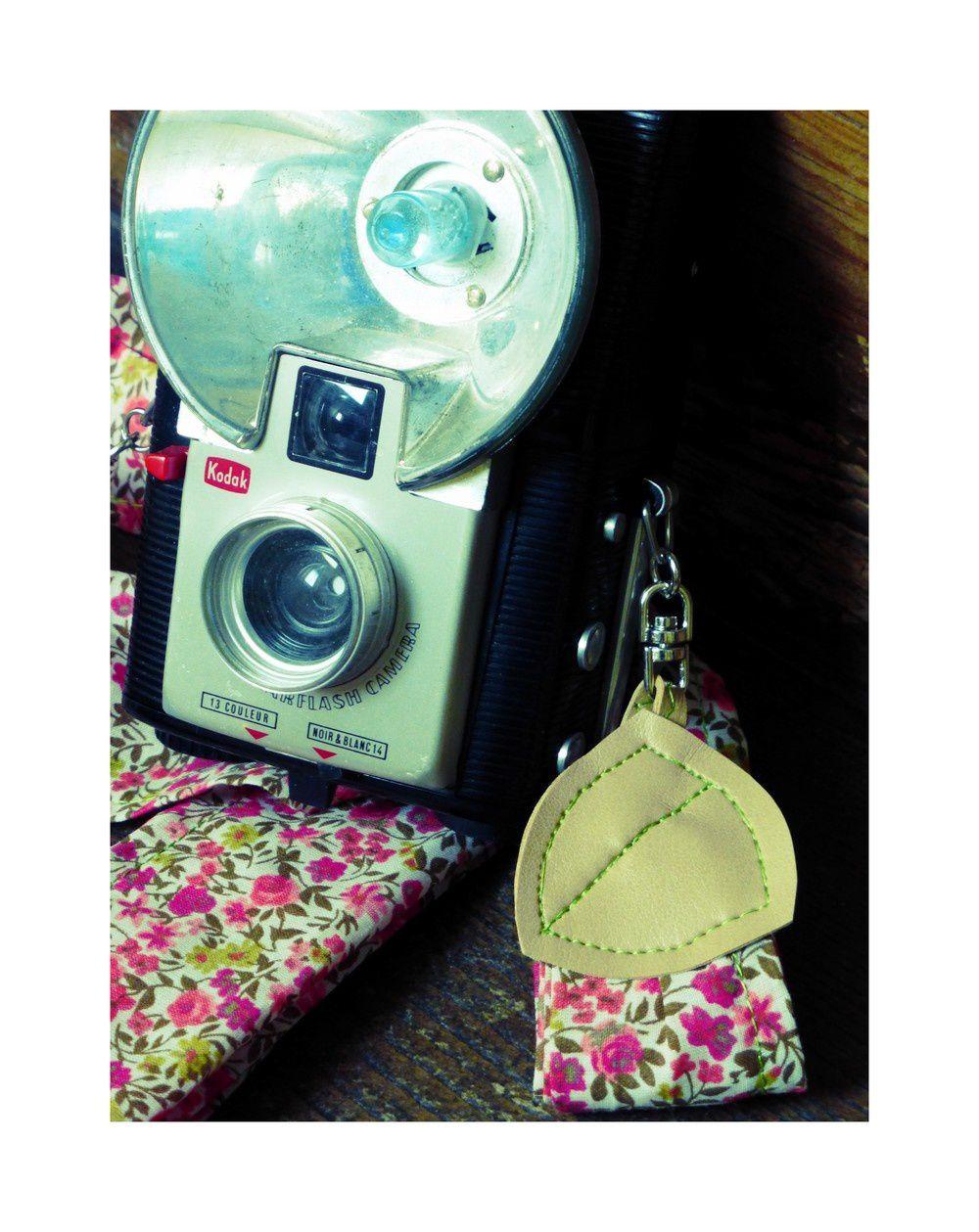 DIY: la bandoulière liberty pour ton appareil photo.