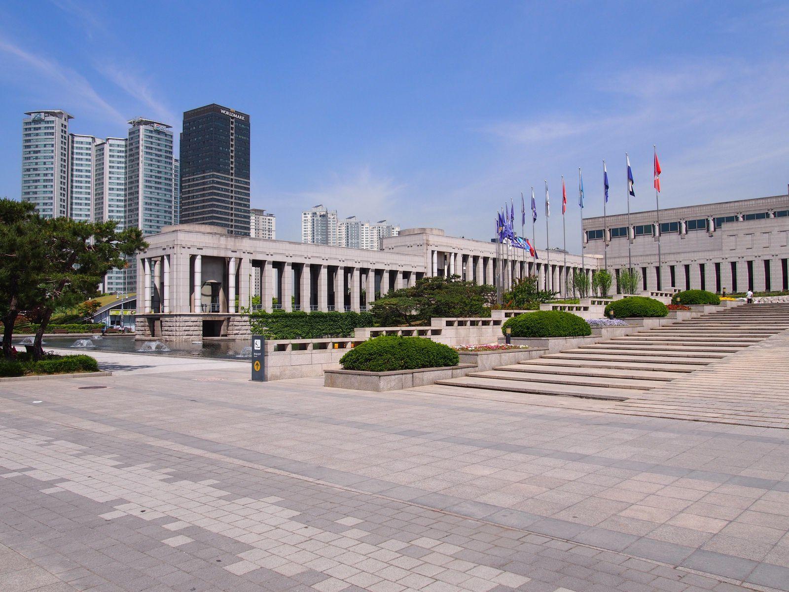 SEOUL : MEMORIAL DE LA GUERRE ET MUSEE
