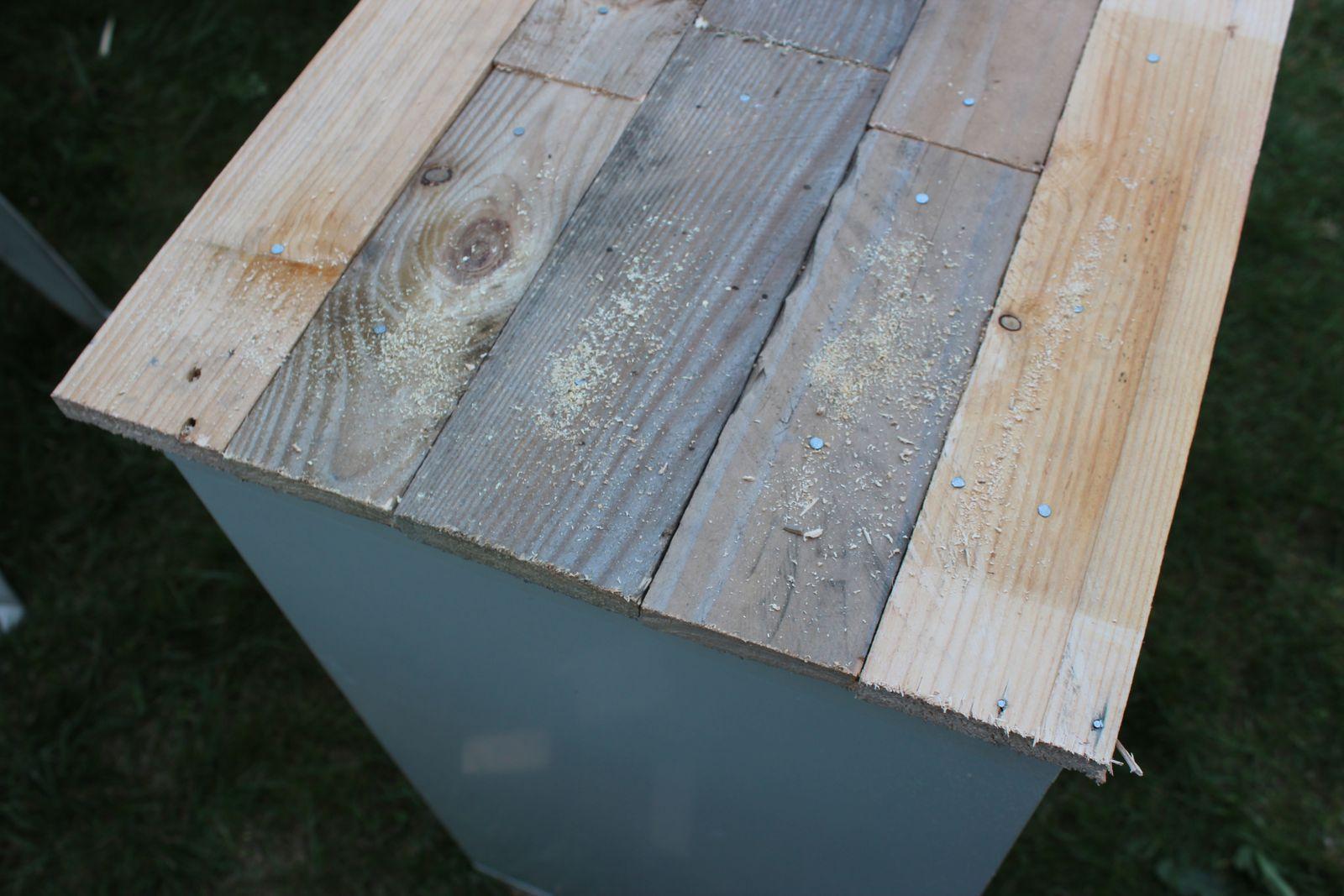 http://luniversdegarfield59.over-blog.com relooking palette bois meuble suedois ikea