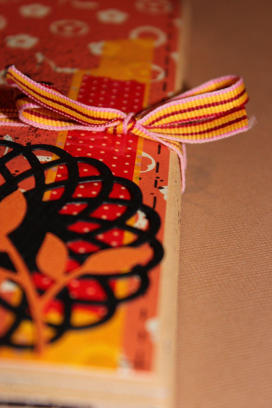 http://luniversdegarfield59.over-blog.com luniversdegarfield59 garfield59 mini album scrap scrapbooking lily