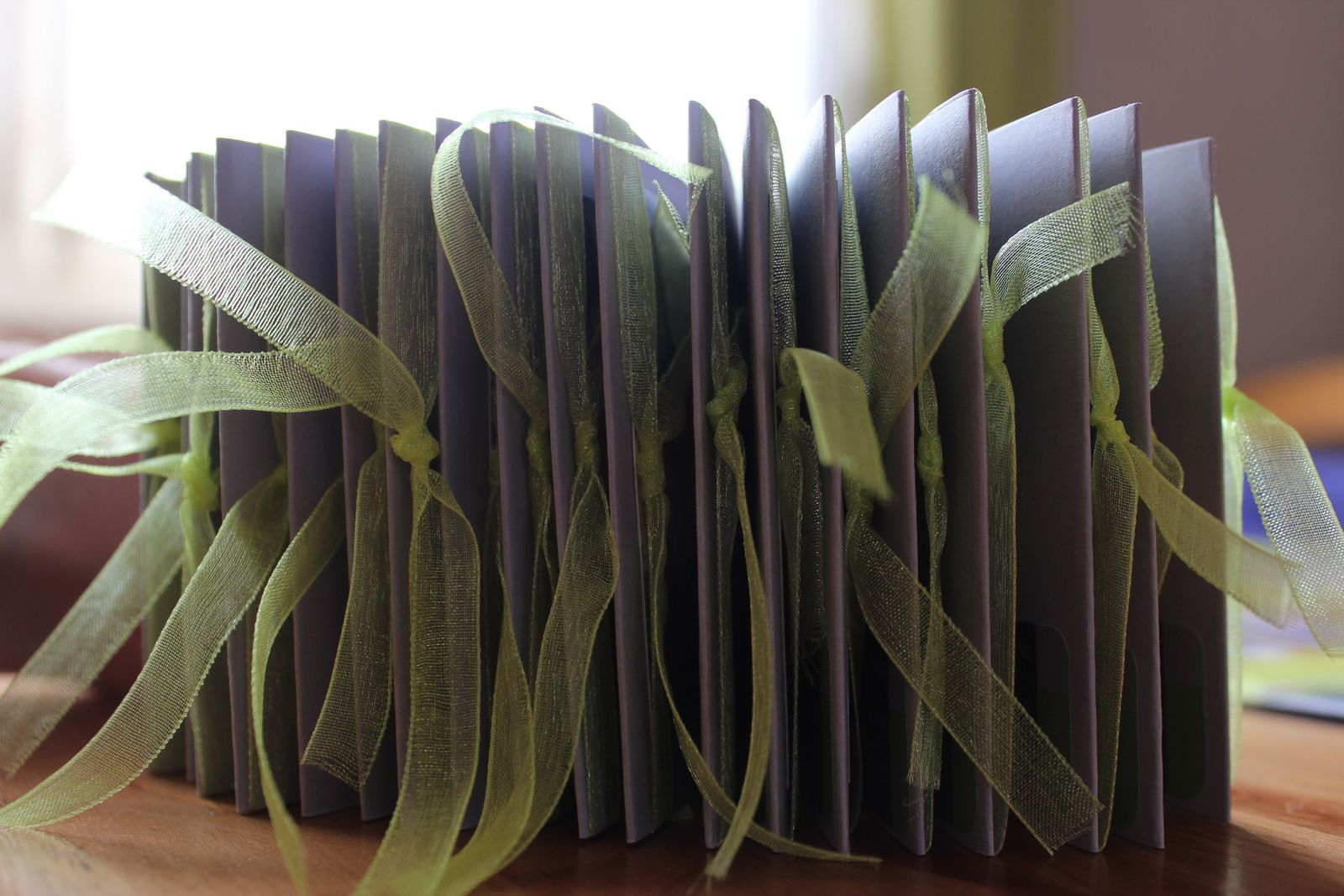 http://luniversdegarfield59.over-blog.com mariage remerciement vert gris carpe diem kesiart