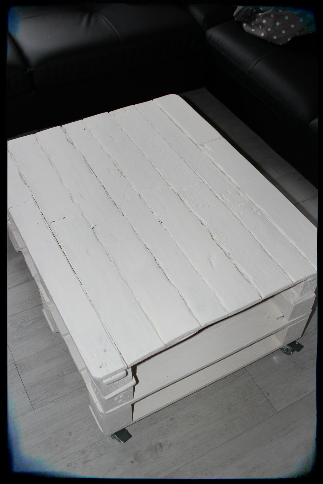 Relooking de ma palett 39 table basse l 39 univers de garfield59 - Table basse palette blanche ...