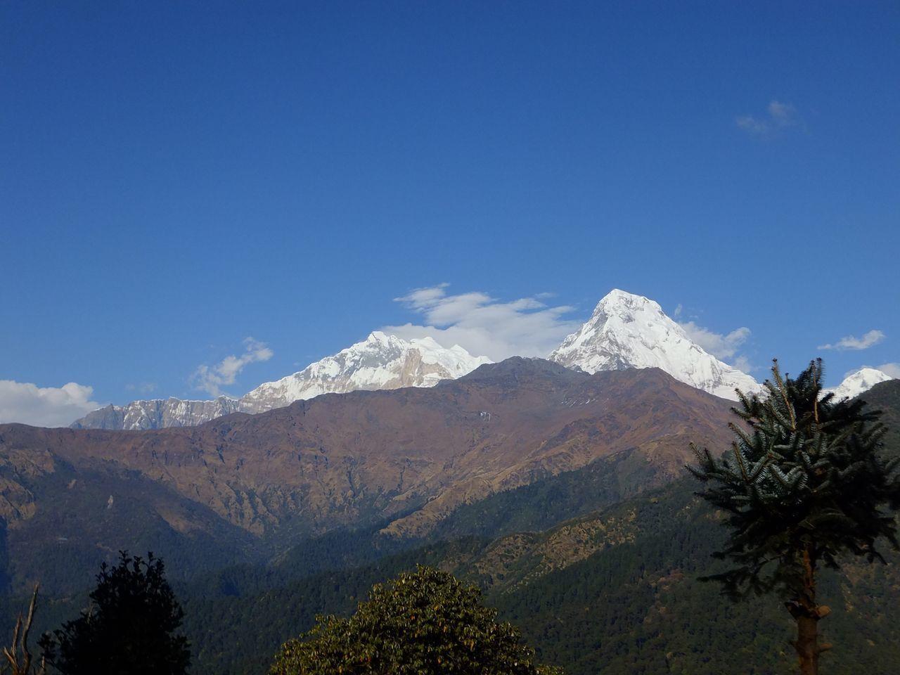 Les majestueuses montagnes de l'Himalaya