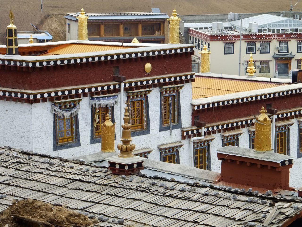 Spiritualité et ferveur bouddhiste au monastère Songzanlin