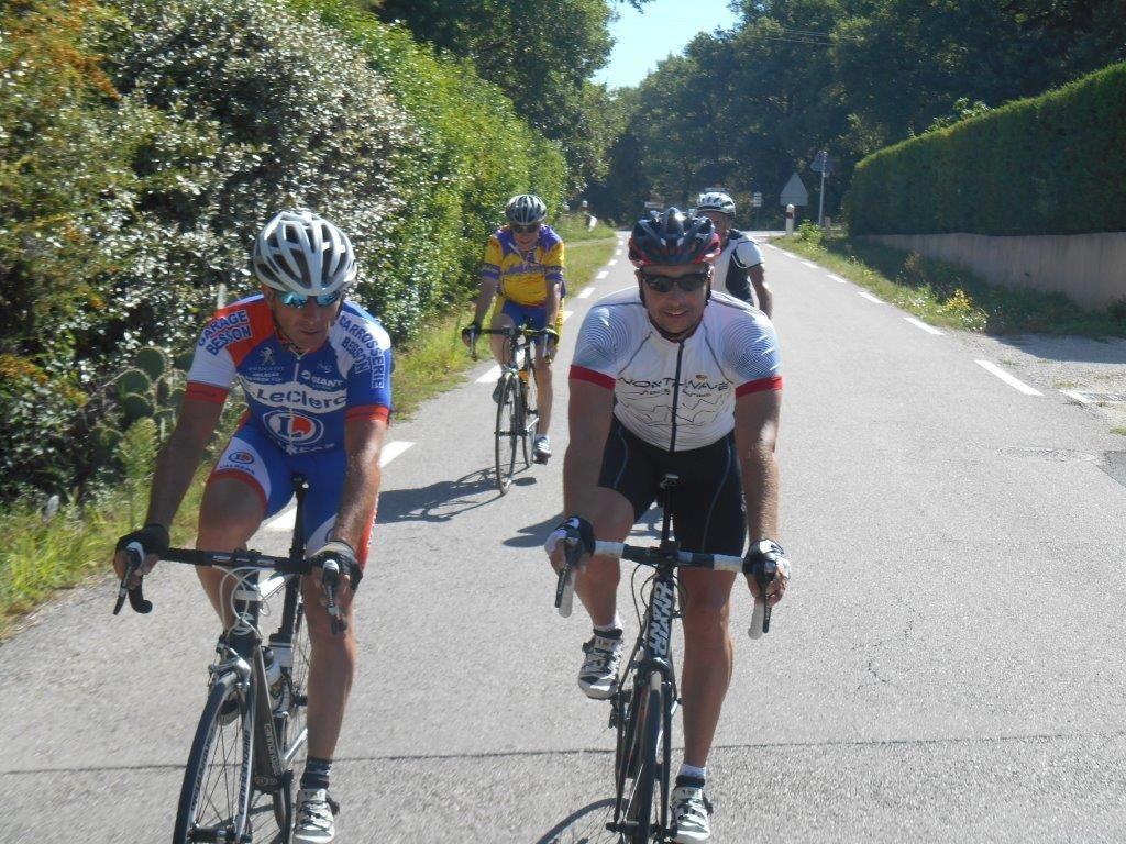 1- Sur la route du retour vers Villeudieu. 2- On récupère un BCBiste : Gérard L. !!!