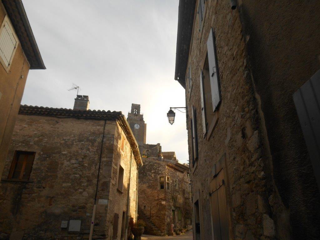 La fameuse tour de Chamaret, et oui il n'y a pas que la tour de Crest en Drôme, Gérard :-)