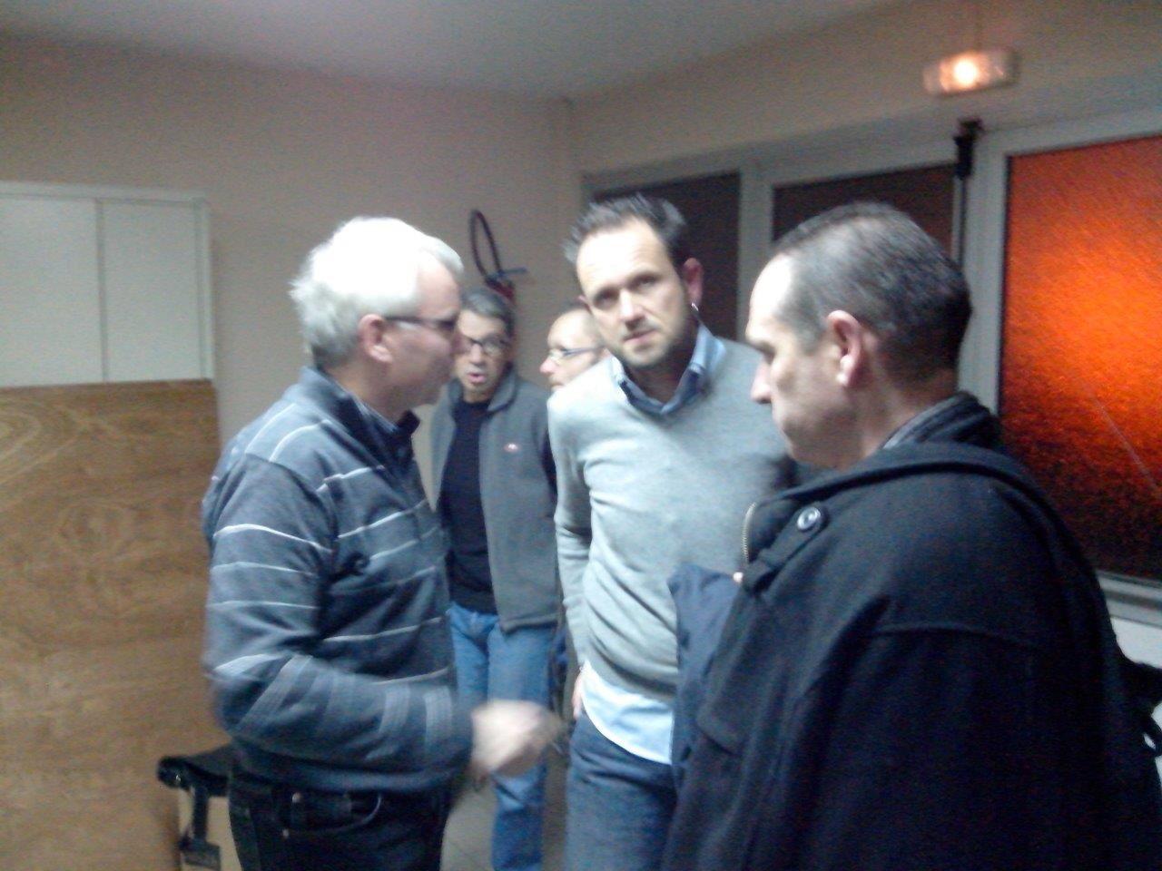 Les 2 Thierry, Patrick et au fond Rocco et Yves - En bas : y'en a qui boive pas que du Coca ...