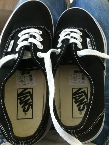 comment cutomiser ses paires de chaussures vans