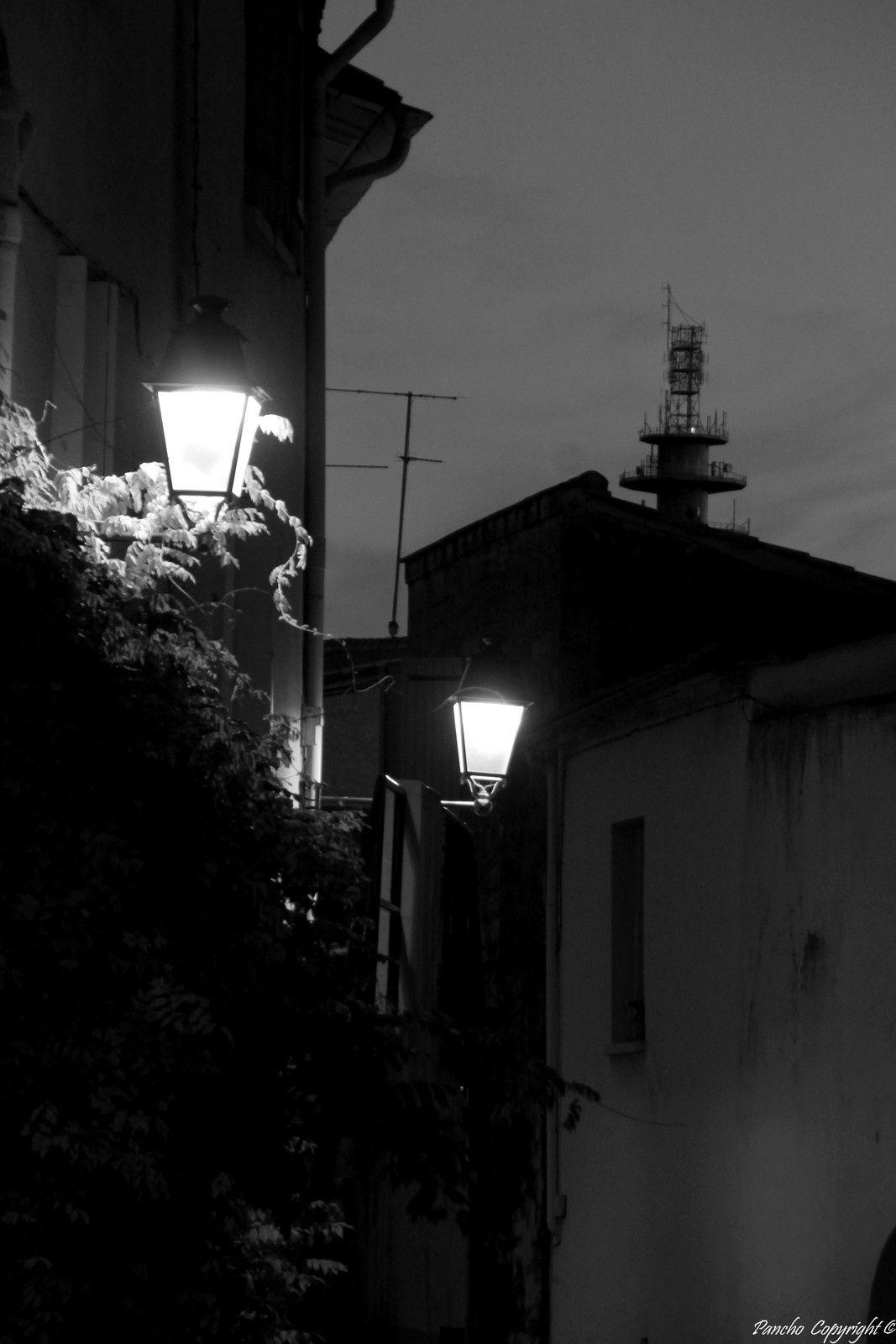 Celleneuve by night...