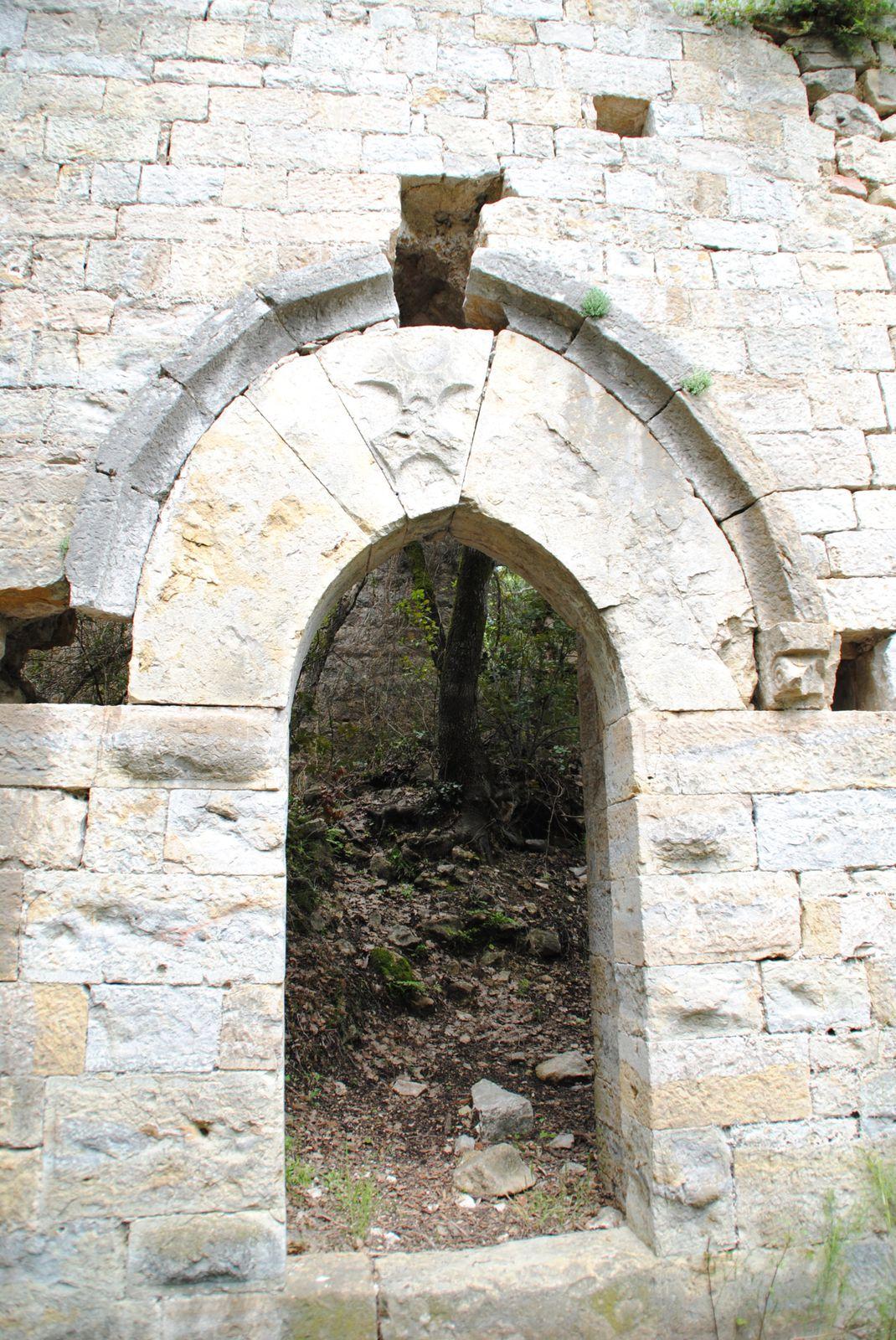Tourrettes Var village médiéval balades d'ici ou d'ailleurs