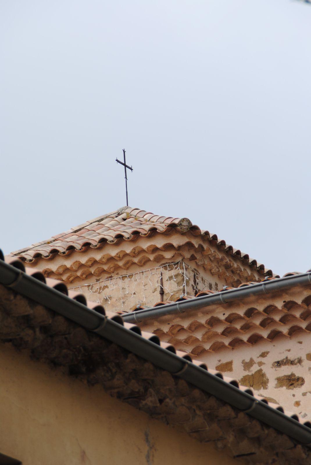 Les Adrets de l'Estérel (l'Eglise)var balades d'ici et d'ailleurs