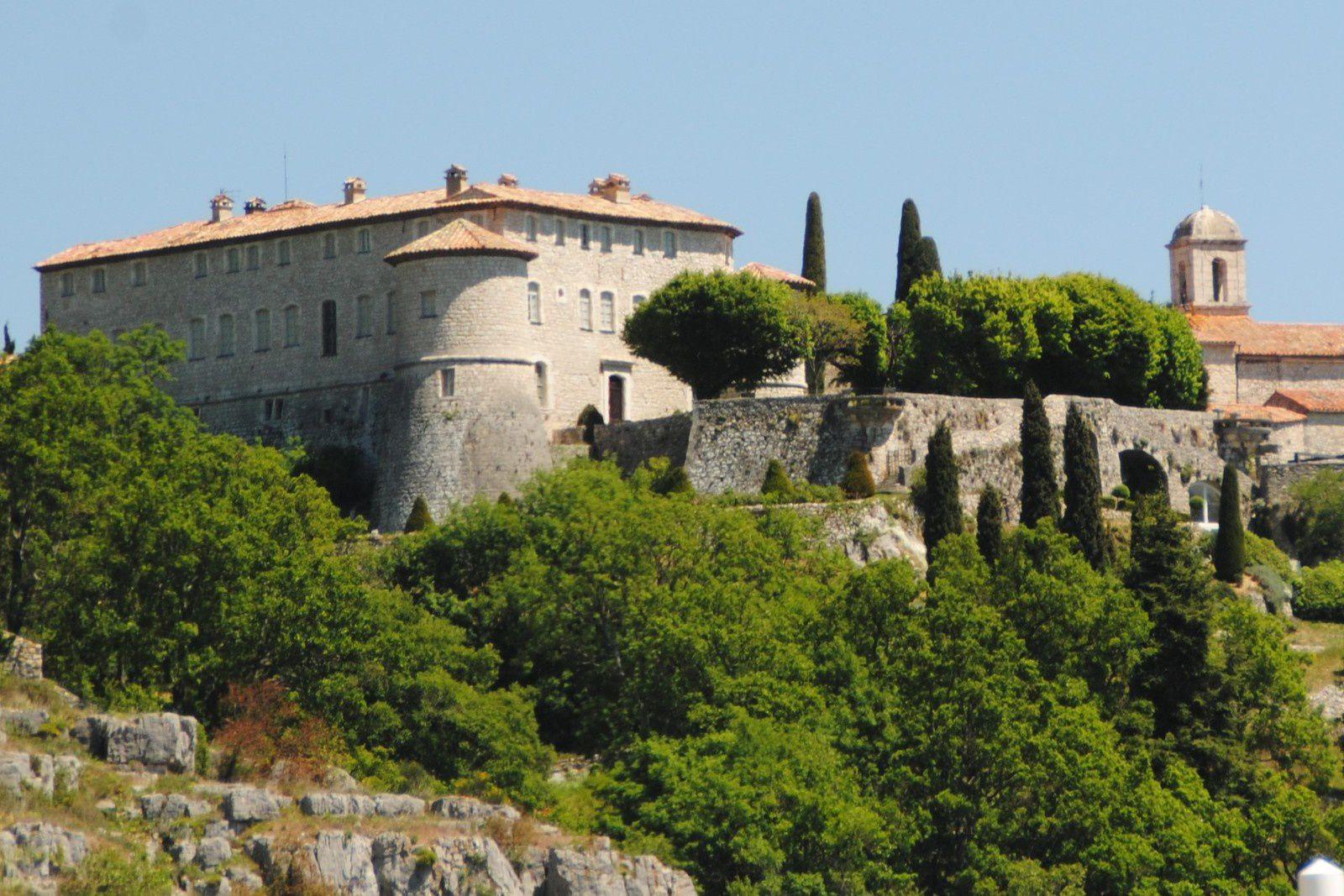 Le château de Gourdon balades d'ici et d'ailleurs !