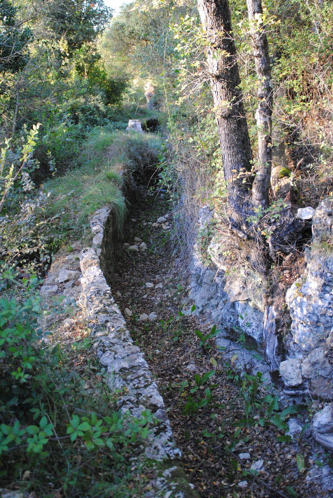 Aqueduc de Fondurane et sa réserve ornithologique balades d'ici et d'ailleurs