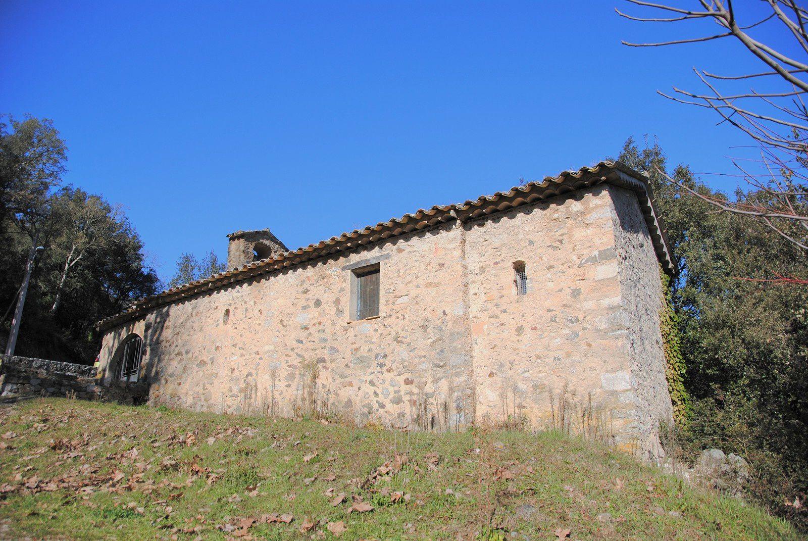 Chapelle Saint Cassien des bois balades d'ici et d'ailleurs
