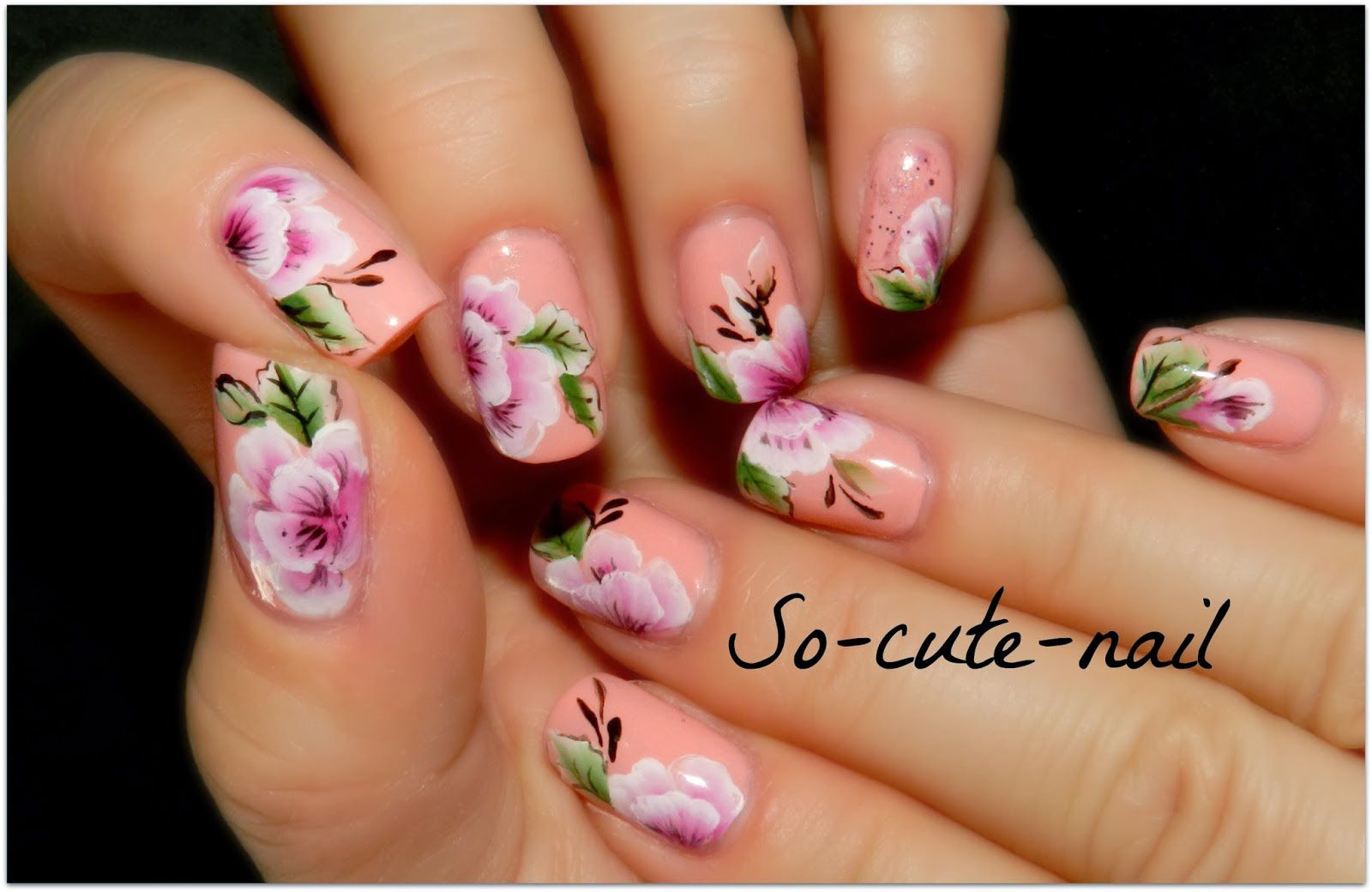 So Cute Nail et son One Stroke ! ( http://so-cute-nail.blogspot.fr/ )