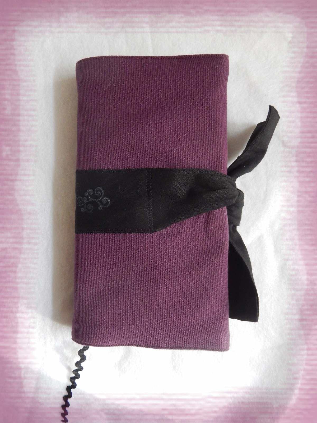 [couture] Protège-livre de poche