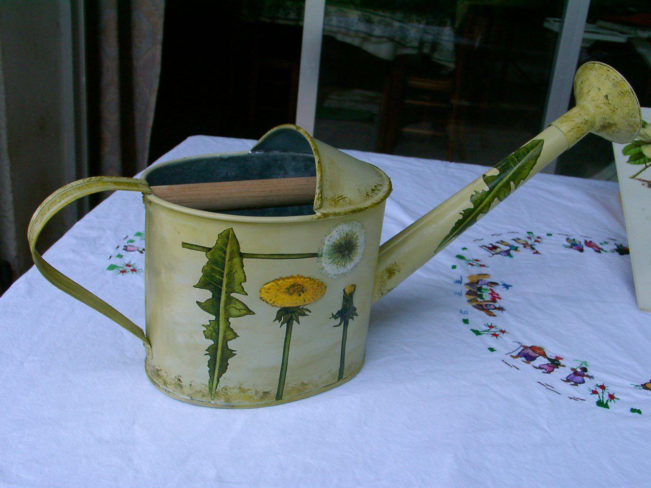 Cr ations avec des serviettes en papier et de la peinture for Anne marie witmeur decoration