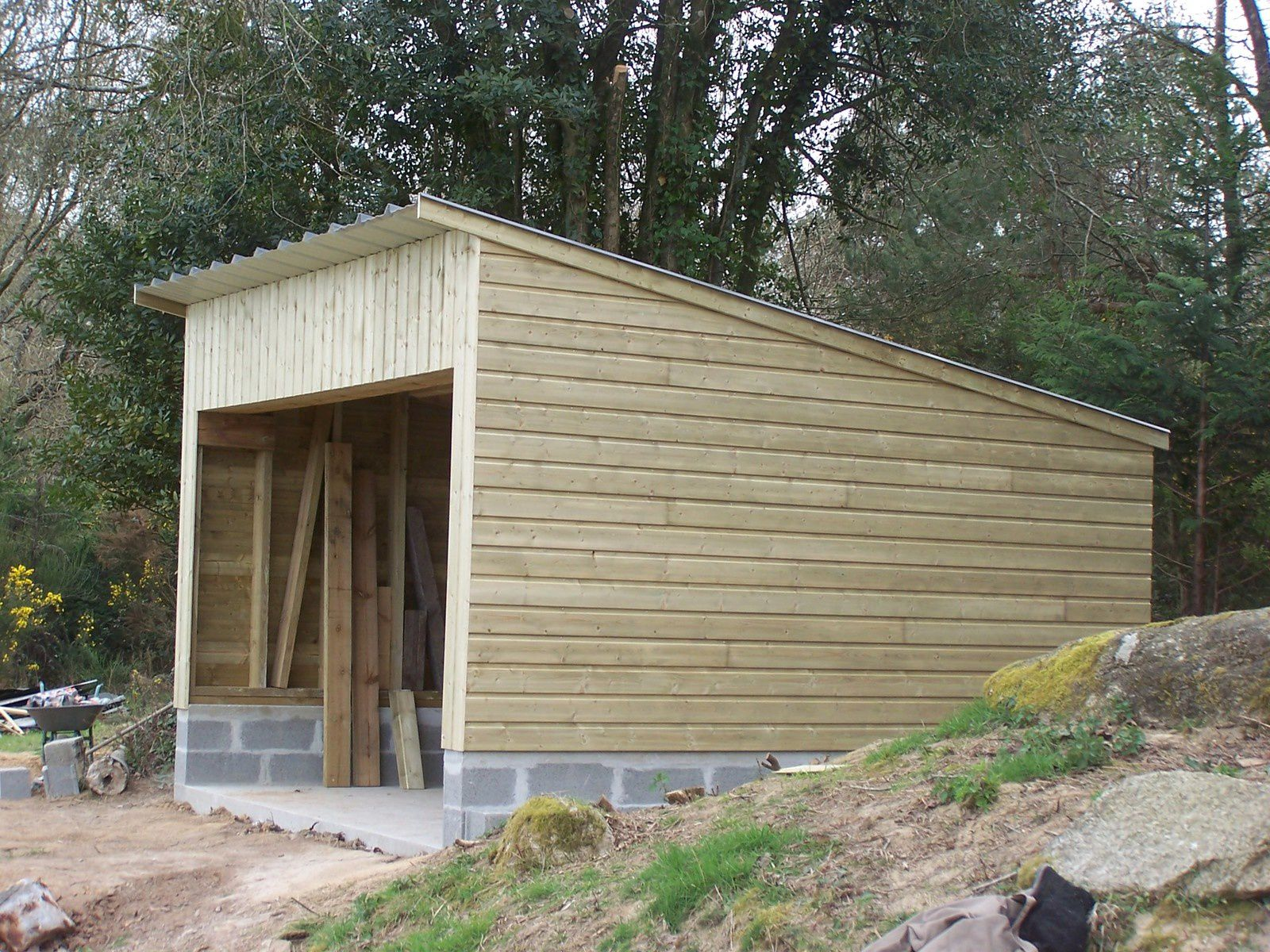 Garage moustoir ac for Construction garage parpaing plan