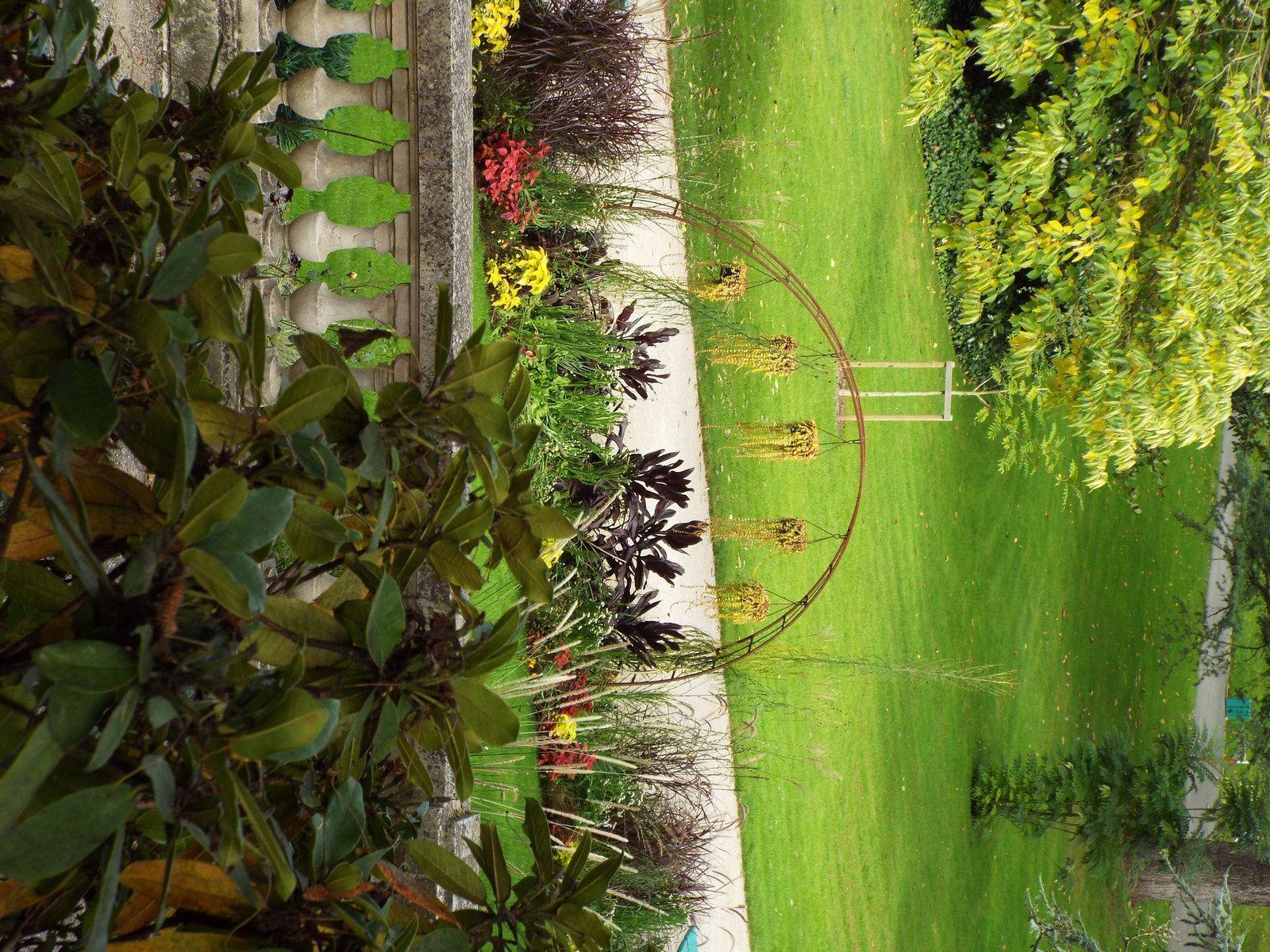 Le jardin des plantes d 39 angers en automne jardin de - Jardin des plantes aix les bains ...