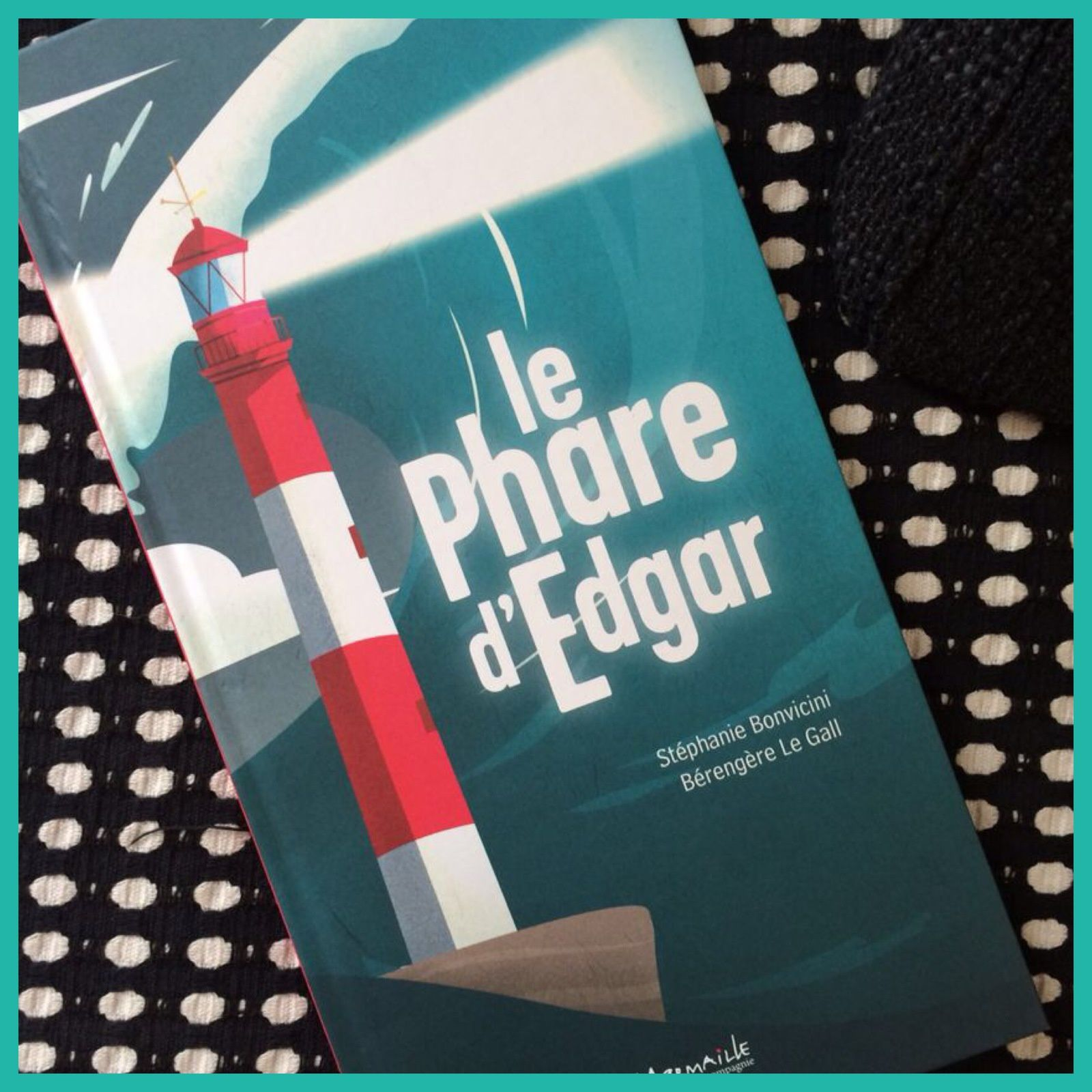Le phare d'Edgar (giveaway inside)