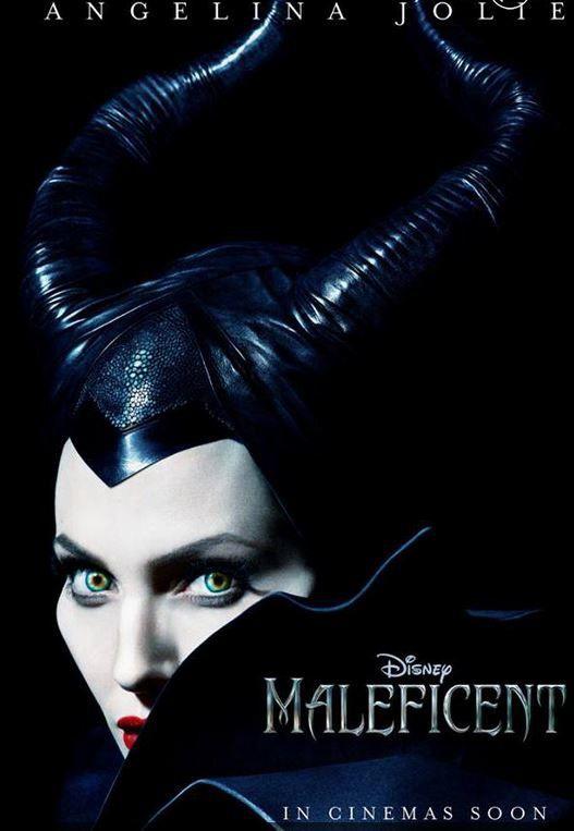 """Cherchez l'aspect """"Maléfique"""" du thème d'Angelina Jolie!"""