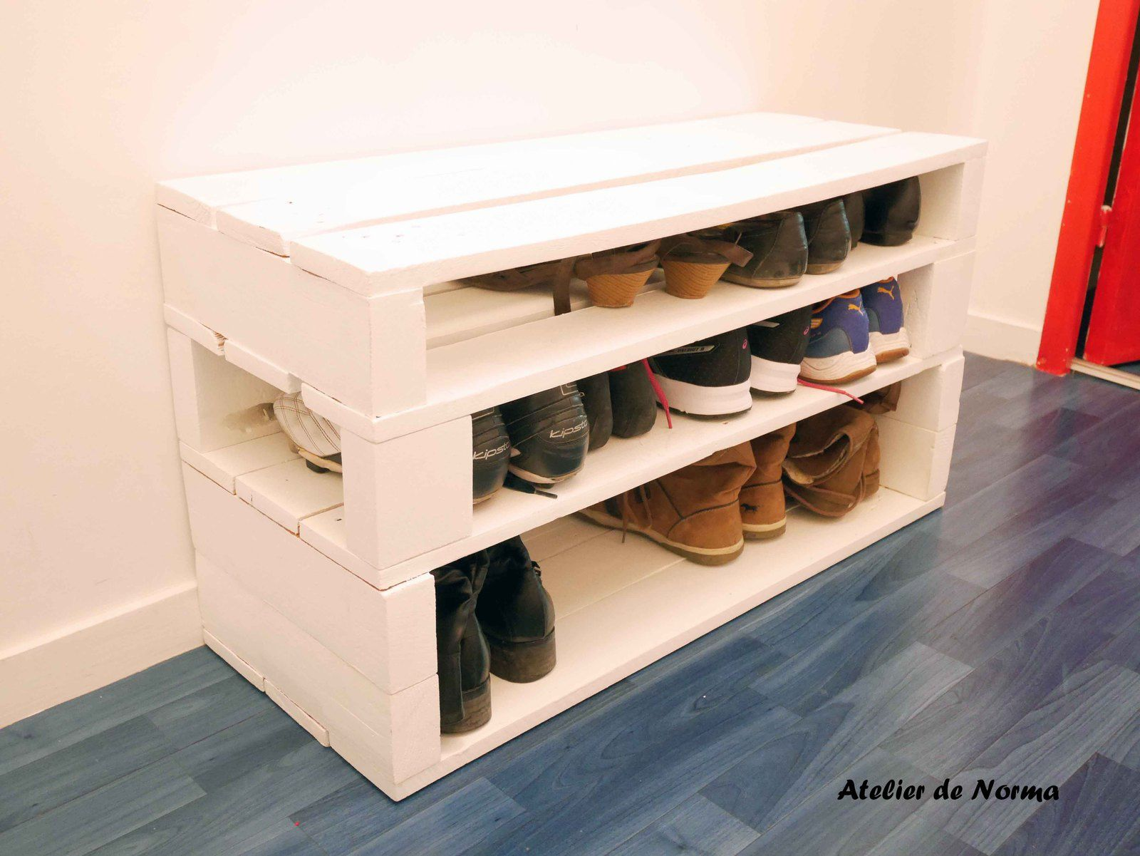 Meuble a chaussure en palette photos de conception de for Meuble a chaussure but